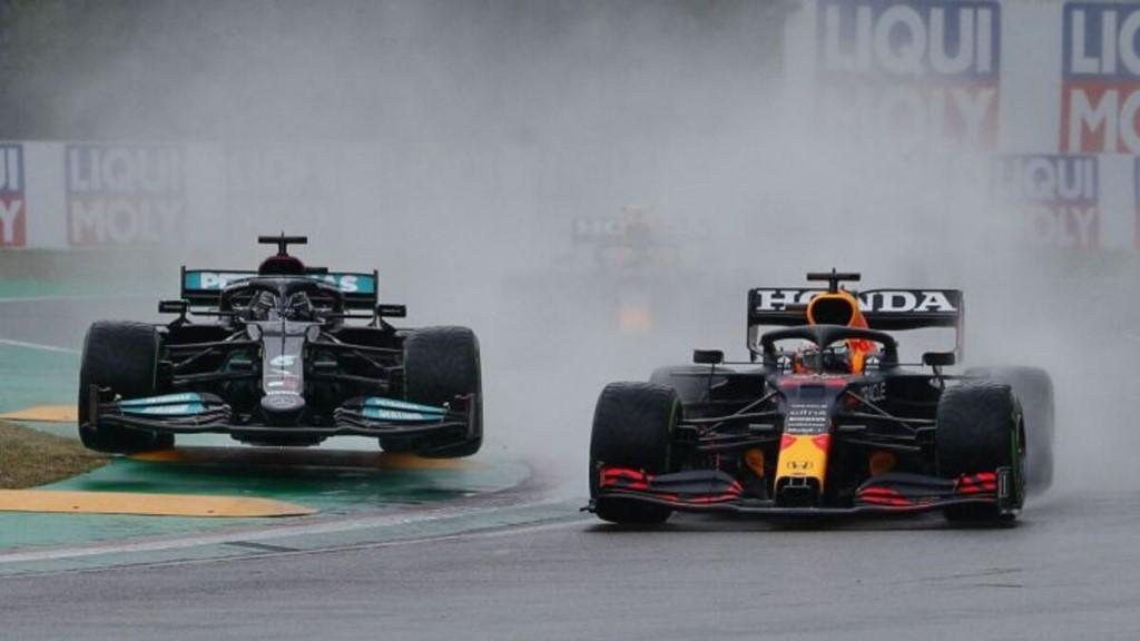 El holandés Max Verstappen a bordo de Red Bull logró hoy quedarse con su primera victoria en la temporada 2021